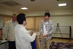 表彰式.マイクロマウス競技・マイクロマウスクラシック競技の両方で優勝した加藤さん.